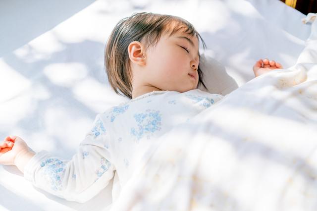 子どもの睡眠時間と早寝早起きの重要性